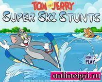 Катание Тома на водых лыжах