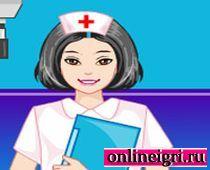 Барби в роли медсестры
