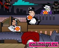 Бэтмен тир: бьем кулаком
