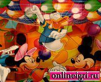Микки Маусом и красочный пазл